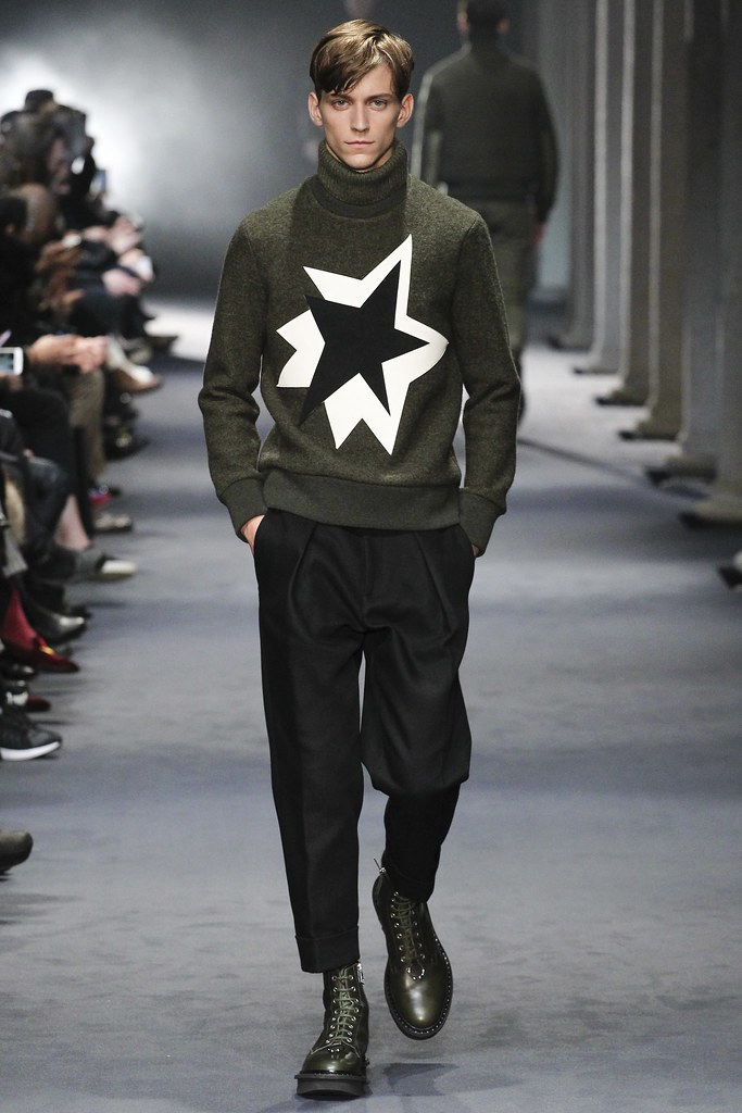 FW15 Milan Neil Barrett005_Nicholas Costa(VOGUE)
