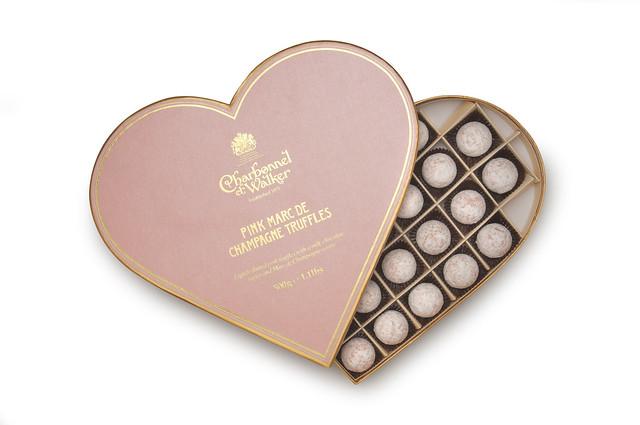 6004 Pink Marc de Champagne Truffles 500g Heart Open £48