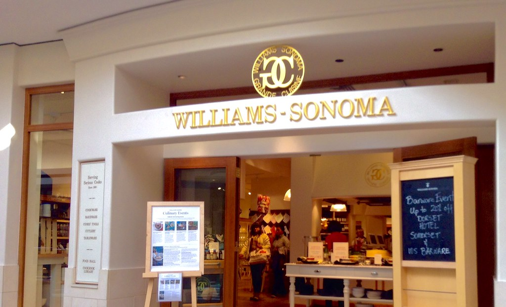 Williams Sonoma, 2/2015, by Mike Mozart of TheToyChannel and JeepersMedia on YouTube #Williams #Sonoma