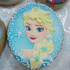 Elsa Cookies Frozencookies Frozen Princess Cakedesign Flickr