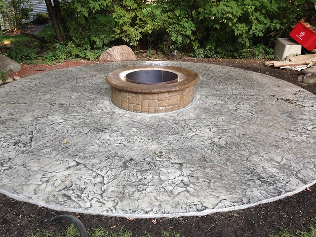 Concrete Fireplaces & Firepits