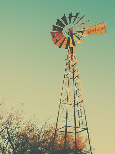 Freeport (ME) United States Picture : Windmill at Sunset... HWW!!!