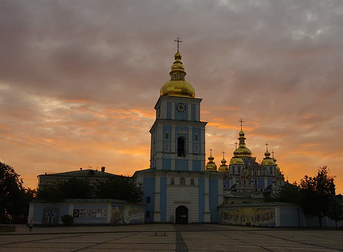 sky church clouds sunrise ukraine kiev kyiv киев украина