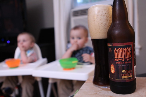 Two Brothers Bonfire Dunkel Weiss and Baby Dinner Time