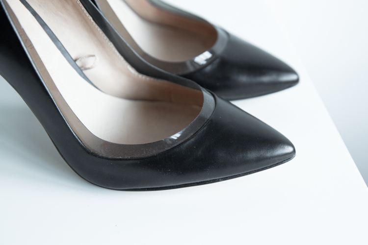 ZARA POINTED VINYL COURT SHOE