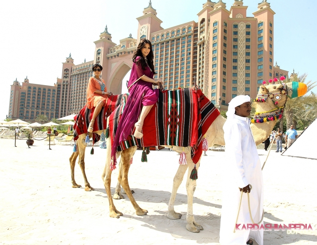 KIM KARDASHIAN, DUBAI, ATLANTIS DUBAI, WHAT TO DO IN DUBAI