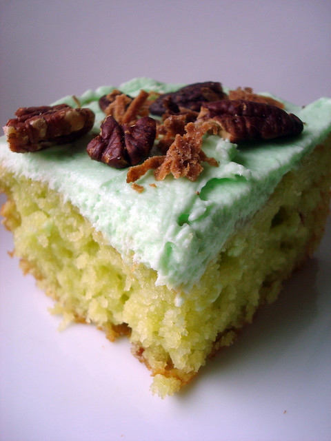 Watergate Cake (Pistachio Pudding Mix Cake)
