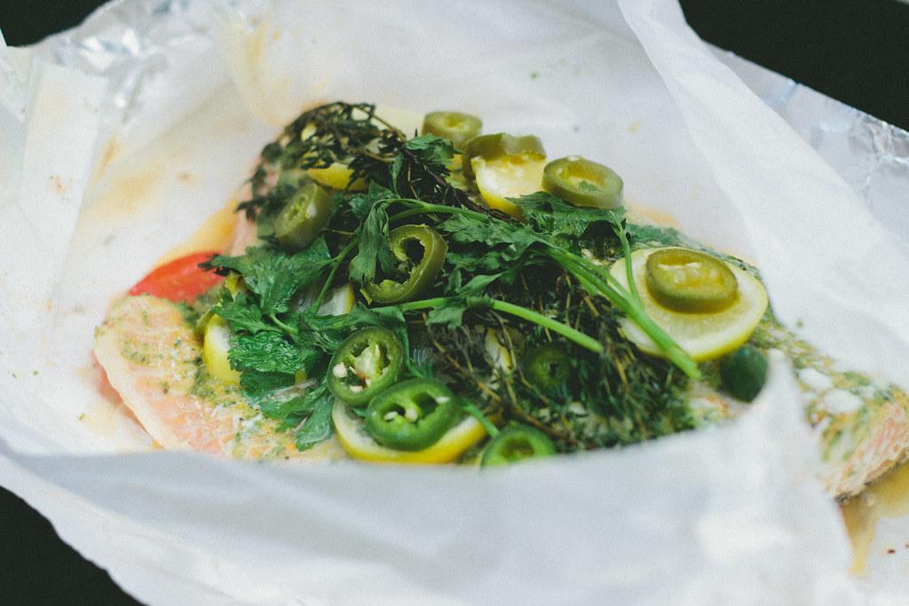 salmon en papillote, salmon recipe, green harissa, harissa recipe, grilled salmon recipe