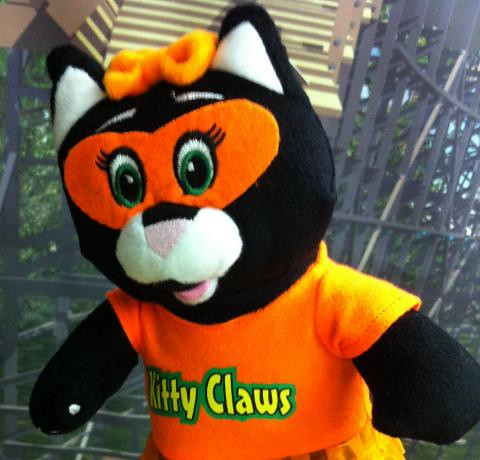 Kitty Claws plush in the HoliShop