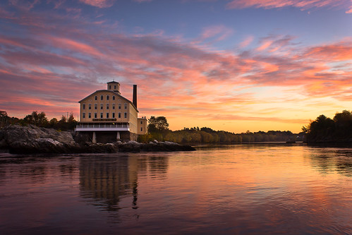 morning sky mill me water colors sunrise reflections river landscape photography dawn restaurant photo scenery view image maine scenic newengland landmark brunswick historic gifts photograph prints attraction seadog androscoggin topsham androscogginriver bowdoinmill seadogbrewingcompany benjaminwilliamson