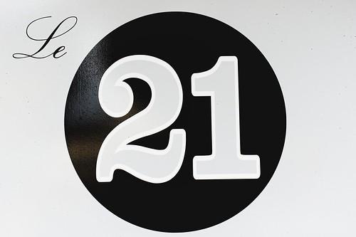 Le 21