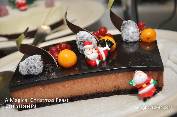 A Magical Christmas Feast Eastin Hotel 12