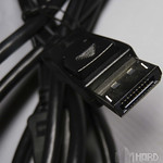 Monitor Philips cable DisplayPort detalle l