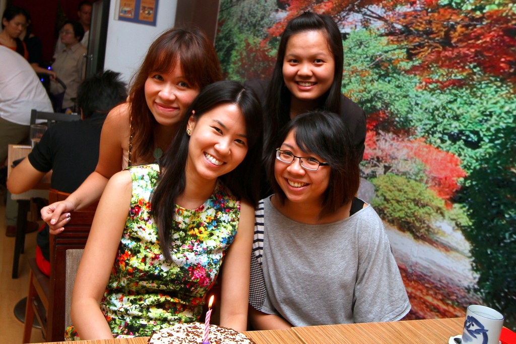 Maureen and friends at Chikuwa Tei