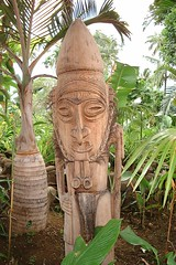 carving, art, chainsaw carving, garden, temple, wood, tree, sculpture, tiki, jungle, statue,