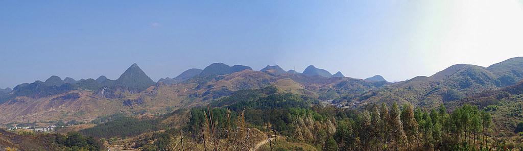 廣東最美英西峰林, 陽山小桂林, 連州萬山朝王