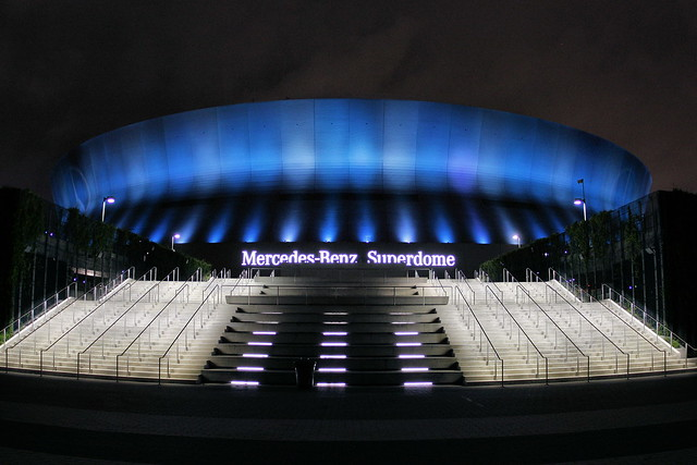 Superdome definition meaning for Mercedes benz superdome parking
