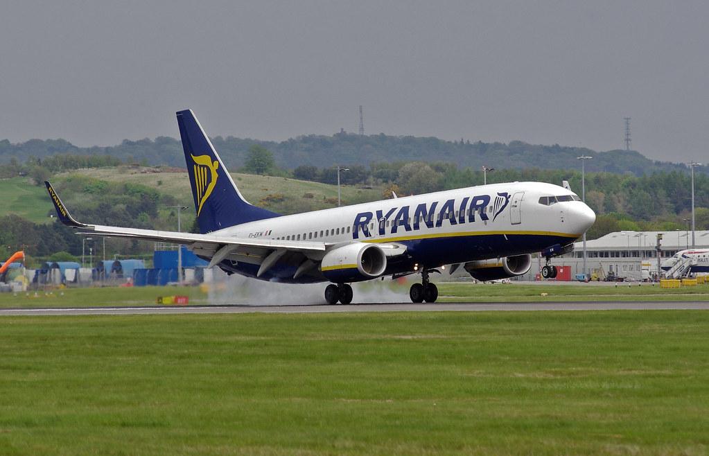 EI-EKW - B738 - Ryanair