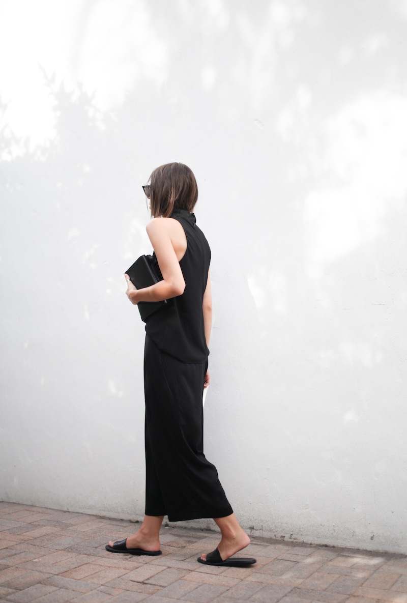 modern legacy blog street style culottes crop wide leg pants Camilla and Marc high neck assent funnel top all black outfit Alexander Wang bag Prisma envelope clutch slide sandals spring summer (5 of 16)