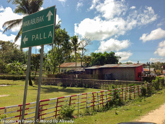 (06) Indonesia - Sumba - Directory signage (2) - To Waikabubak