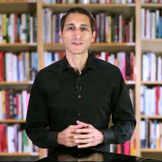 10年間で、総額1億ドル(約100億円)以上売上げてきたイブン・ペイガン(Eben Pagan)が、公式Facebookページを公開しました