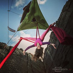 The coolest morning routine... Aerial silk performance under a suspended @tentsile tent.   #breakfast #silks #aerial #performance #outdoor #photography #pedropimentelvisuals @nikonphotographers @nikon_photography_ @nikontop  www.pedropimentel.net