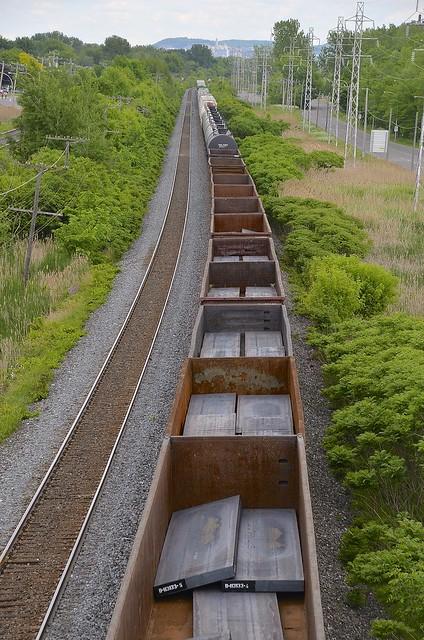 Steel loads on CN X321