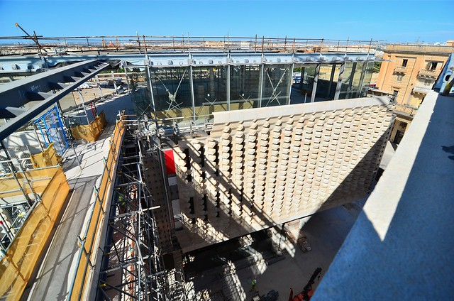 Renzo piano 39 s parliament building valletta malta for Renzo piano malta