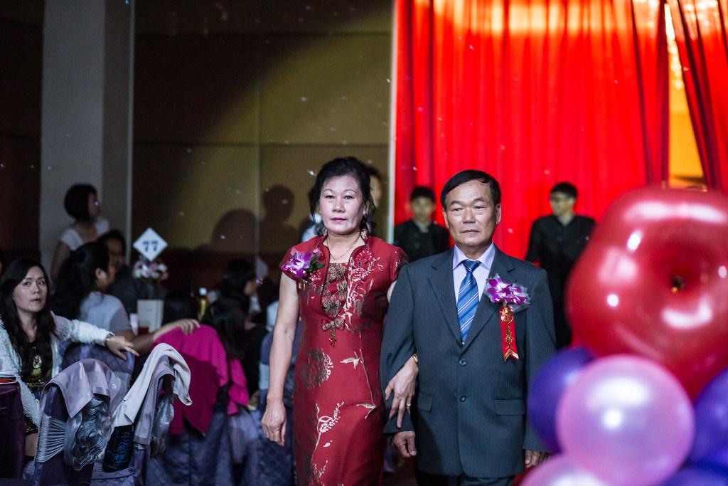 wedding0504-347.jpg