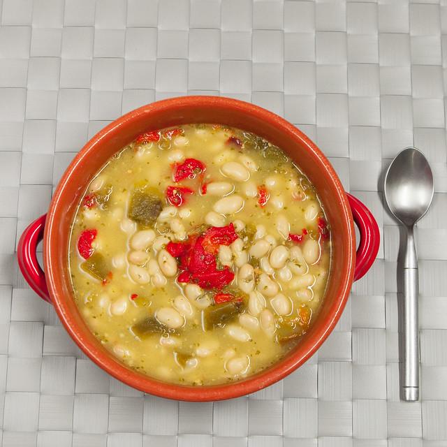 Pesto Roasted Pepper White Bean SoupIMG_5085