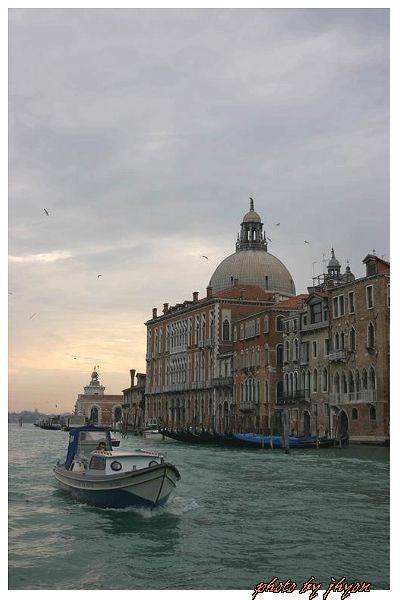 1108878299_威尼斯大運河風光