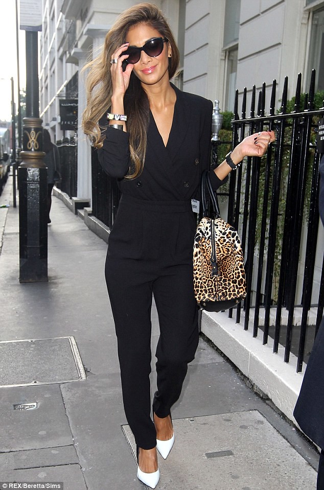 How To Wear A Jumpsuit Trend Fashioncadet