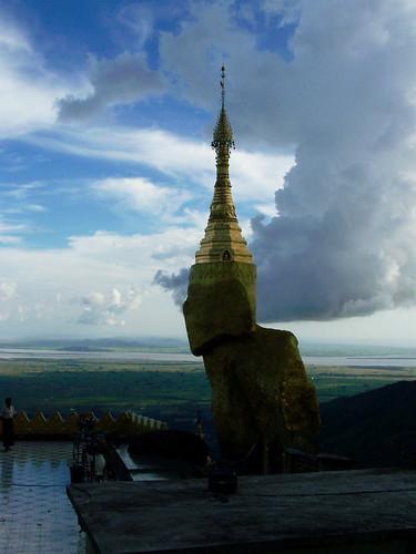 stupas buddhistarchitecture