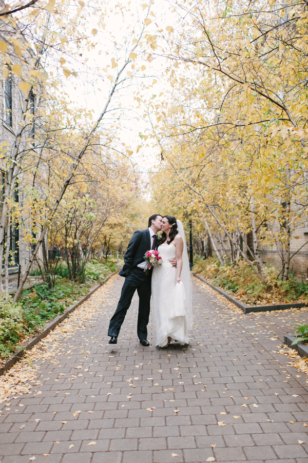 Celine-Kim-Photography-Toronto-AN-fall-wedding-University-of-Toronto-faculty-club-23