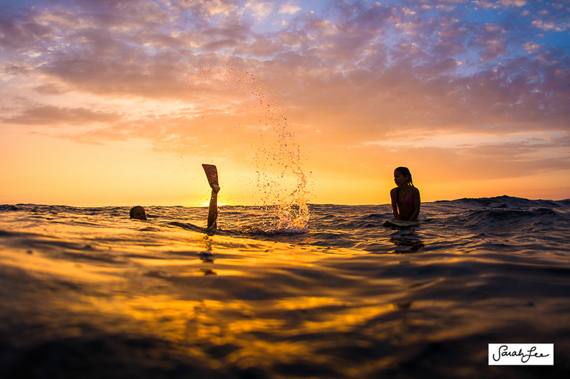 sarahleephoto_sunset_girls_underwater_0576.jpg