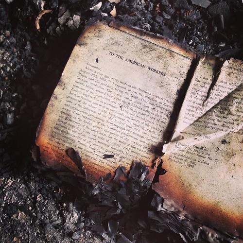 Livre brûlé dans l'ambassade iraqienne, Berlin
