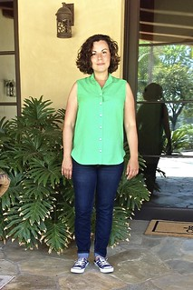 Grainline Archer Shirt, sleeveless variation with view A back