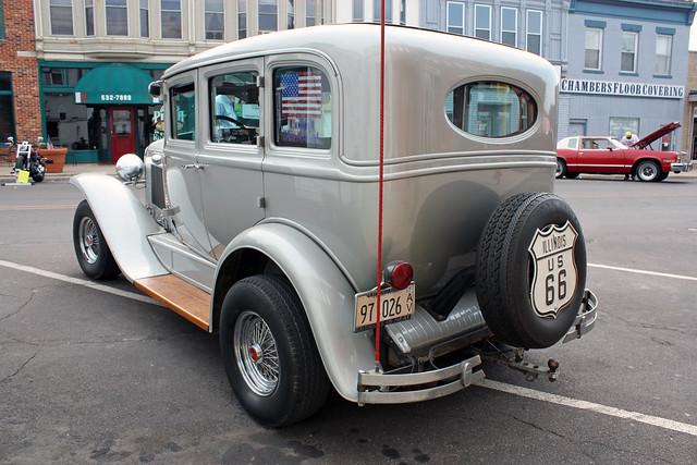 1930 pontiac 4 door sedan street rod 4 of 4 flickr for 1930 pontiac 4 door sedan