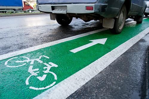 Велосипедисти кажуть, щойпро пішоходів слід подбати