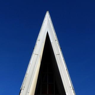acute roofline
