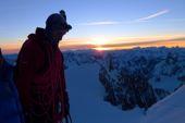 Besteigung Montblanc, Sonnenaufgang im Col de la Brenva. Foto: Günther Härter.