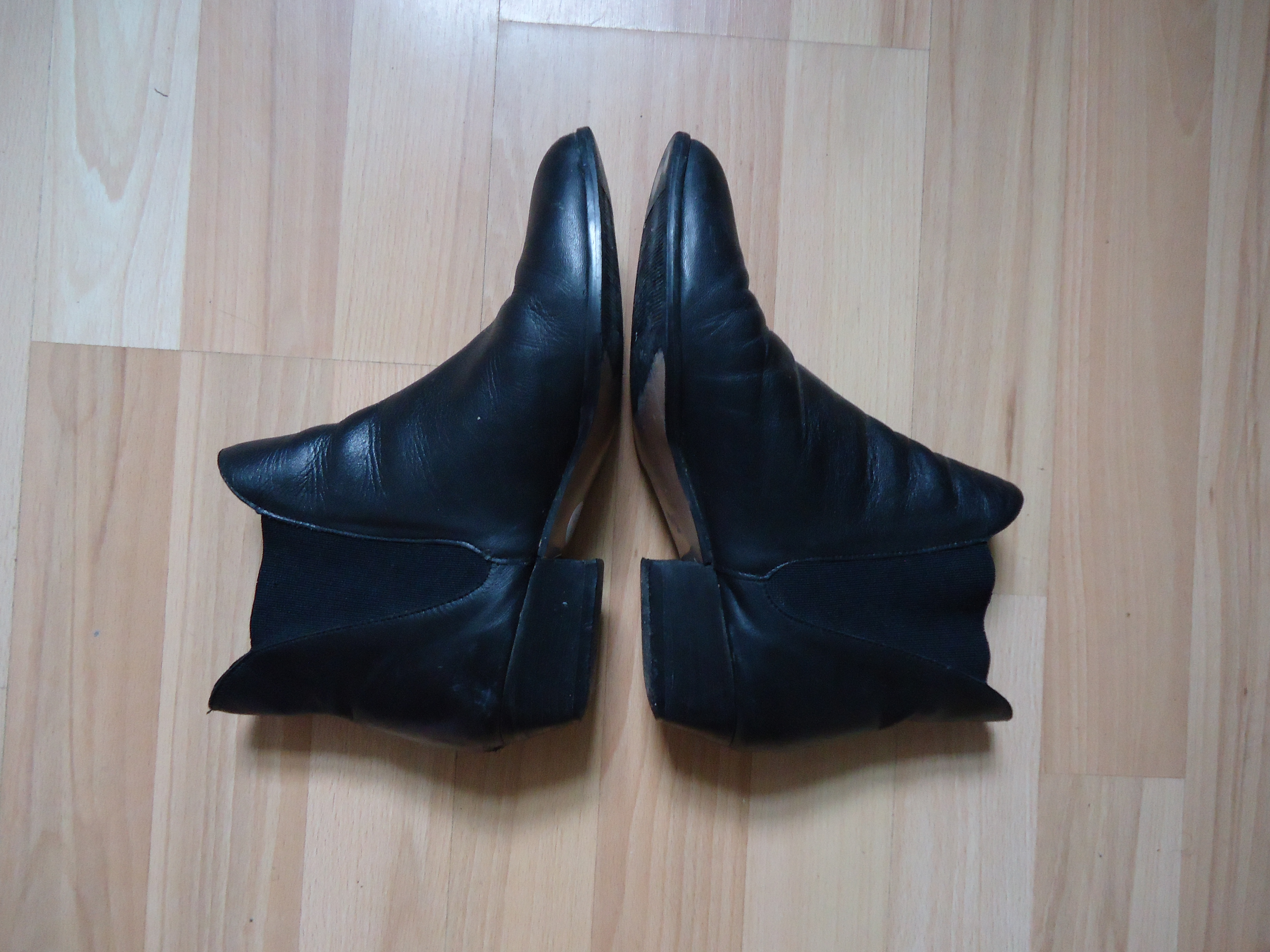 Irene & Irene Vintage Chelsea Boots