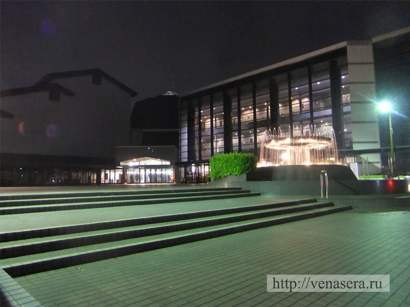 Театр Искусств Мори в Футю, Токио