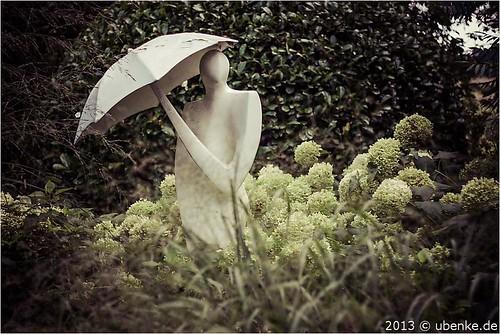_sonnenschirm? by l--o-o--kin thru