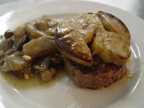 solomillo-ternera-foie-salsa de setas