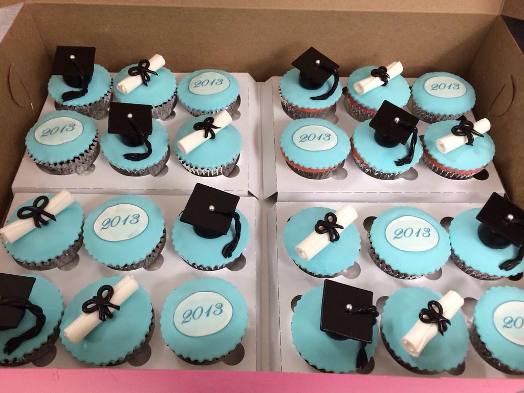 Graduation Cakes Exclusive Cake Shop