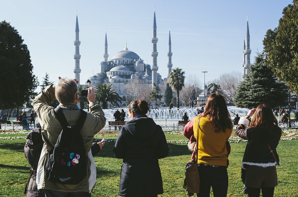 Istanbul | Tourist and Blue Mosque