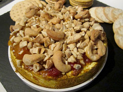 Baked Brie with Chutney and Cashews
