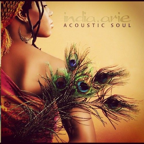 Enjoying some @indiaarie on #itunesradio www.therabbitandtherobin.co.za {follow me @robindeel on Instagram} Official @rabbitandrobin  #itunes #music #tunes #song #woman