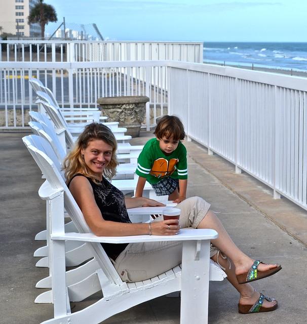 beachfront dining in Daytona Beach